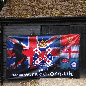 10ft x 6ft (3.05m x 1.83m) Football Flag