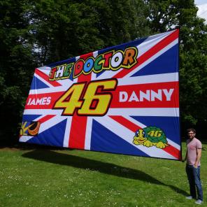 24ft x 12ft (7.30m x 3.65m) Football Flag